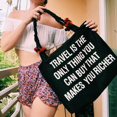 """Jac Vanek on Instagram: """"The travel weekender is ✨BRAND NEW✨ on JACVANEK.COM! This bag is seriously massive and can fit a weeks worth of essentials (or a day's worth if you pack like I do). Tag a traveler who needs it and go get your shop on! ✨✈️"""""""