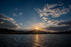 🌐 Sun Sunset Sunrise - download photo at Avopix.com for free    ✅ https://avopix.com/photo/10679-sun-sunset-sunrise    #sun #sunset #sunrise #sky #star #avopix #free #photos #public #domain