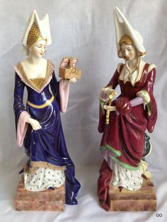 HALF DOLLS: IMPRESSIONS FROM MEDIEVAL TIMES - EXTRAORDINARY MEDIEVAL FIGURINES BY DRESSEL & KISTER OF PASSAU