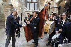 Recepción a las fallas de sección especial en el Palau de la Generalitat