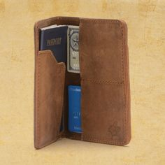 Passport Wallet | Saddleback Leather Co.