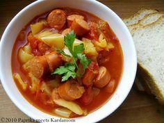 Letscho (ungarisch Lecsó, tschechisch und slowakisch Lečo, polnisch Leczo) ist ein Schmorgericht der ungarischen Küche aus Paprika, Tomaten und Zwiebeln.