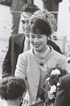 Queen Sirikit of Thailand is seen on arrival at Haneda Airport on May 27 1963 in Tokyo Japan.