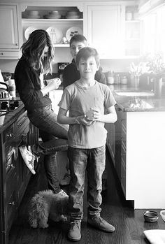 great mom and son family pictures Amy Smilovic | THE GLOW