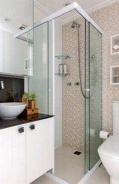 Trendy home small bathroom medicine cabinets Chic Bathrooms, Modern Bathroom, Shower Makeover, Small Bathroom Layout, Small Toilet, Toilet Design, Bathroom Design Luxury, Interior Stairs, Bathroom Styling