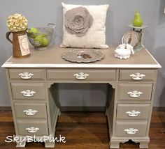Vintage Desk-Annie Sloan Chalk Paint-Coco & Old White..  #AnnieSloanUnfolded