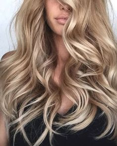 8 Coolest Hair Colors That Will Be In Huge Demand in 2019 - Blonde Hair Blonde Hair For Brunettes, Blonde Hair Looks, Blonde Curly Hair, Blonde Hair With Highlights, Color Highlights, Cool Hair Color, Hair Colors, Pinterest Hair, Hair Inspiration