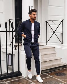 Casual Street Style Outfit For Young Man 32 Urban Outfits, Mode Outfits, Outfits Hombre Casual, Fashion Mode, Mens Fashion, Fashion Addict, Fashion Tips, Stylish Men, Men Casual