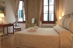 Lovely 1 bed near the main square, Piazza Signoria.