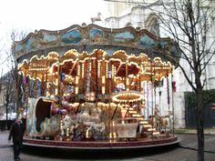 carroucel Paris, by Elisangela Gomes
