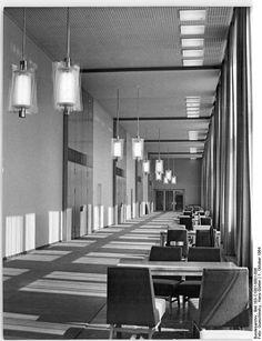 Berlin Staatsratsgebaude Wandelhalle, October 1964