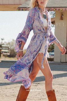 Wide Sleeve Printed Kimono Blouse...with skinnies for me!