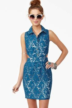 Carmen Lace Dress - Blue