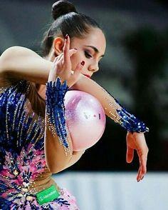 Magical Margarita!  @ritamamun  #ritamamun #margaritamamun #mamun #rhythmicgymnastics #rg #gymnastics #gymnast #splits #flexible #flexy #flexibility #leotard #ribbon #hoop #ball #clubs #ballet #гимнастика #gimnasiaritmica #ginnasticaritmica #gimnasia #training #dance #contortion #balance #elegance #acro #yogi #workout #gym
