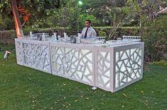 Lounge Party, Bar Lounge, Pool Wedding Decorations, Mixology Bar, Bar Counter Design, Bar Catering, Diy Photo Backdrop, Deco Restaurant, Portable Bar