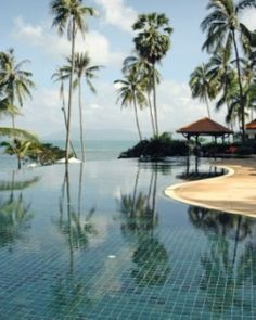 The infinity pool is open 24 hours, meaning you can soak from sun-up to sundown. #Jetsetter