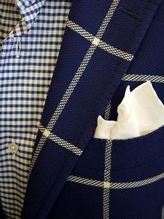 :) love this, navy blue and cream/ this would make a nice combo of fabrics for a woman, but w/o the handkerchief