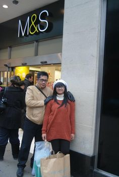 Oxford St, the best place to shopping. I bought a lot of stuff there.