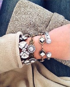 A trendy piece of jewelry can transfer an old and boring outfit into an attractive one. Bangles and bracelets are fun accessories and are a great way to adorn Jewelry Accessories, Fashion Accessories, Fashion Jewelry, Fall Accessories, Jewelry Ideas, Vetement Fashion, Statement Jewelry, Statement Bracelets, Layered Bracelets