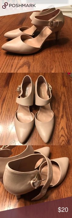 Nude Kelly & Katie Heels Cute shoes with a buckle strap. Great for work! Gently worn as pictured. Kelly & Katie Shoes Heels