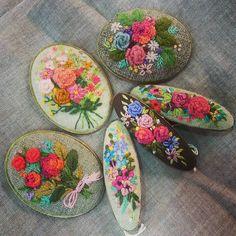 #Embroidery#stitch#needle work#brooch#hair pin #프랑스자수#일산프랑스자수#자수#자수소품#자수타그램#브로치#헤어 핀 #봄 바람나기 시작~
