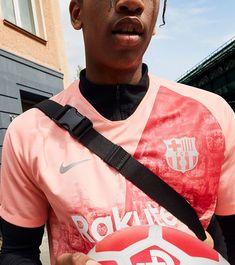 e2119cfbc3f 2018 19 FC Barcelona Stadium Third Kit Best Player