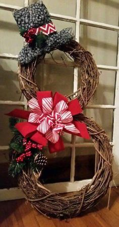 Rustic Christmas, Winter Christmas, Christmas Holidays, Christmas Ornaments, Grapevine Christmas, Grapevine Wreath, Primitive Christmas, Christmas Christmas, Christmas Ideas