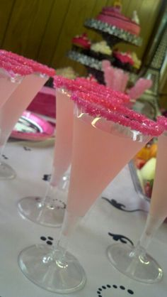 Fashion Fairytale birthday party - Fancy pink lemonade for the fashionistas