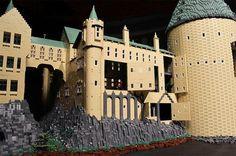 Escola de Magia e Bruxaria de Hogwarts – Modelo com 400.000 Blocos LEGO (Harry Potter) «  Blog de Brinquedo