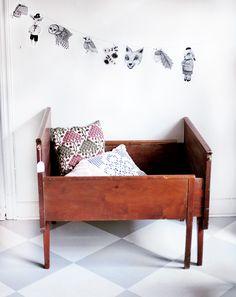 Kid's room - Vintage bed for growing - Vintagefabriken