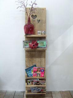 Staand wanddecoratiebord met hartjes van oud steigerhout voorraad artikel (7220141154) | Wanddecoratieborden | JORG`S Houten Meubelen