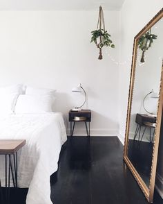 Nice mid century modern bedroom – Bedroom decor ideas The post mid century modern bedroom – Bedroom decor ideas appeared first on Home Decor . Modern Bedroom Design, Modern House Design, Home Design, Decor Interior Design, Design Ideas, Simple Interior, Home Decor Bedroom, Bedroom Furniture, Home Furniture