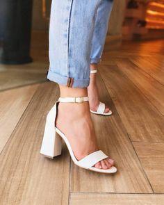 Prom Shoes, Shoes Heels, Shoe Tattoos, Aesthetic Shoes, Cute Heels, Mode Hijab, Fashion Heels, Summer Shoes, Designer Shoes