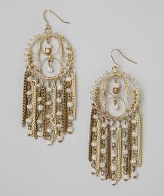 Stick+those+strands+into+an+up-do.+These+handmade+earrings+deserve+a+chance+to+shine.+Decked+out+in+shimmery+faux+pearls,+this+flirty+pair+is+a+perfect+pick.