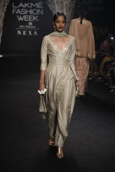 Complete Collection: Faabiiana at Lakmé Fashion Week winter/festive 2017 Pakistani Outfits, Indian Outfits, Indian Clothes, Indian Attire, Indian Wear, Indian Designer Outfits, Designer Dresses, Stylish Dresses, Fashion Dresses