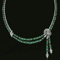 #jewellery #jewels #jewel #fashion #gems #gemstone #diamond #fashionjewellery #daimonds #altın #takı #tasarım #yüzük #kolye #küpe #pırlanta #tektaş #ring #neckless #jewellerydesign #gold #earring #kuyumculuk #moda #handmade by ms.jewellerydesign