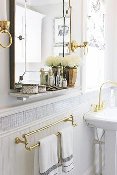 19-Sarah-Richardson-contemporary-Victorian-style-bathroom 19-Sarah-Richardson-contemporary-Victorian-style-bathroom