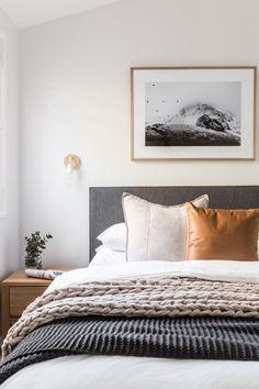Home Decor Habitacion .Home Decor Habitacion Bedroom Colors, Home Decor Bedroom, Modern Bedroom, Bedroom Ideas, Minimal Bedroom, Bed Ideas, Contemporary Bedroom, Artwork For Bedroom, Masculine Master Bedroom
