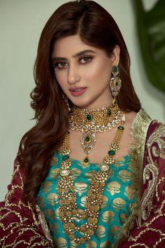 Sajal Ali New Look in Haroon Sharif Jewellers Sajal Ali, Pakistani Formal Dresses, Antique Jewellery Designs, Ethnic Jewelry, Boho Jewelry, Beaded Jewelry, Silver Jewelry, Silver Necklaces, Diamond Jewelry