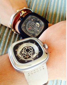 His and hers  #sevenfriday  #frostoflondon #frostoflondonvietnam http://frostoflondon.com.vn/sevenfriday-401/