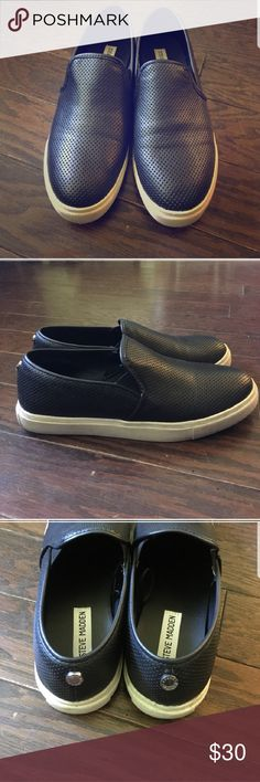 Steve madden slip on Re-posh. Worn a few times, just not me. In very good condition. Need a new home! Steve Madden Shoes Flats & Loafers