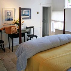 The Marston House - Bed and Breakfast - Wiscasset; 1.5 miles from Marianmade Farm.  2 Beautiful rooms for $125/night. A cottage is also available on site.