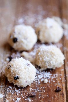 Raw Vegan Coconut Macaroons - Desserts and Snacks, Recipes - Divine Healthy Food