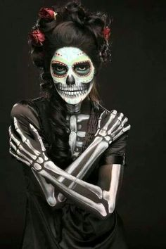 Sugar skull makeup with great outfit