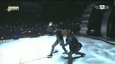 엑소(EXO) - 으르렁(Growl) + 늑대와 미녀(Beauty and the Beast) at 2013 MAMA