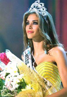 Miss Universo 2008 Dayana Sabrina Mendoza Moncada.