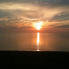 Perfect together sunsets and water.makes me feel good! Best Places To Live, Places Ive Been, Presque Isle State Park, Lake Erie, Thunderstorms, Great Lakes, Beautiful Sunset, State Parks, Sunrise