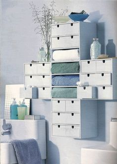 Simple and useful with moppe drawers
