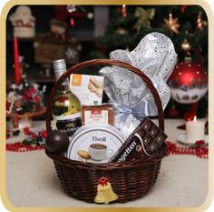 Cos cadou de Craciun Chocolate Candle - KarinGifts.ro Christmas 2015, Cos, Picnic, Basket, Candles, Chocolate, Gifts, Salads, Presents