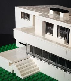 I  tiny Lego stairs! I built these stairs to Villa Tugendhat with jumper plates to get half a stud distance for each step. Maybe not the most elegant solution as it leaves some gaps but pretty simple way.  #lego #architecture #legoarchitecture #staircasefriday #miesvanderrohe by askansbricks